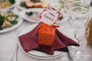 декор на стол гостей фото