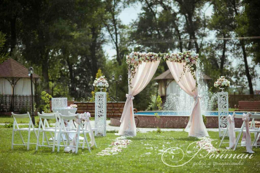 арка для выездной церемонии фото